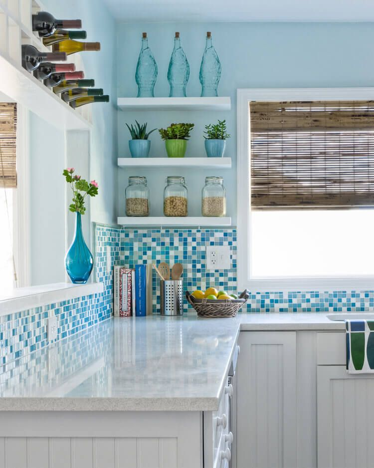 Best Coastal Kitchens Beach Decor Ideas For 2020 Beach Cottage Kitchens Cottage Kitchens Beach House Kitchens