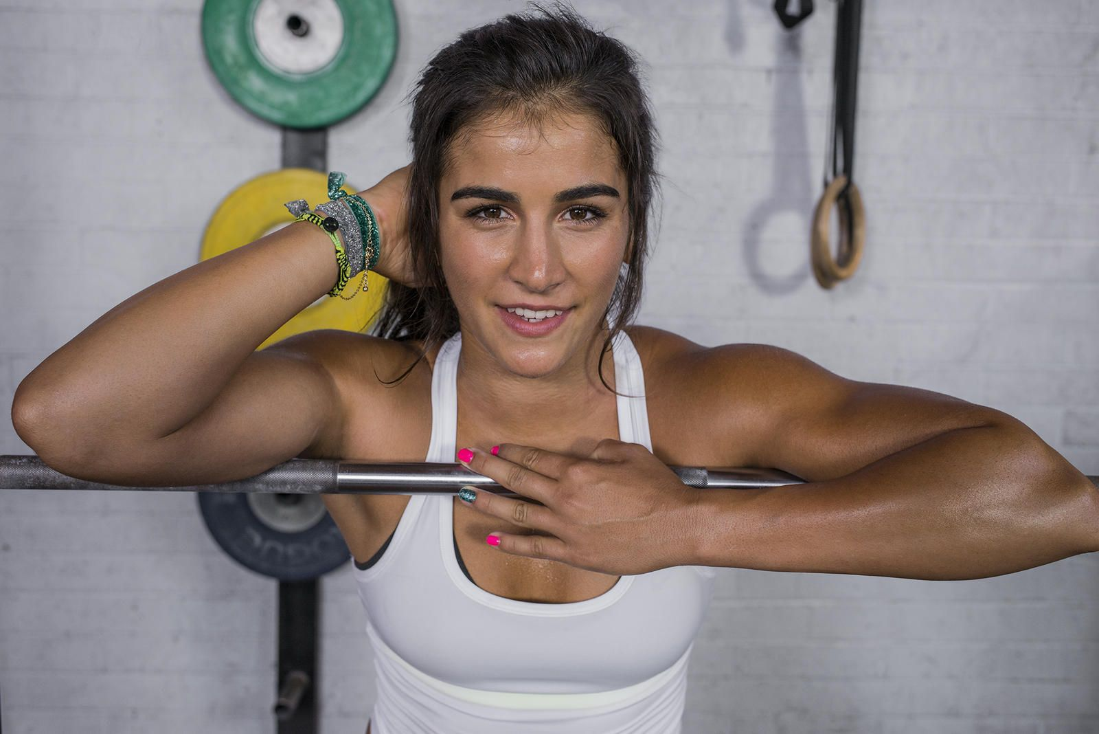 Lauren fisher lifts sprints and climbs in her new nike