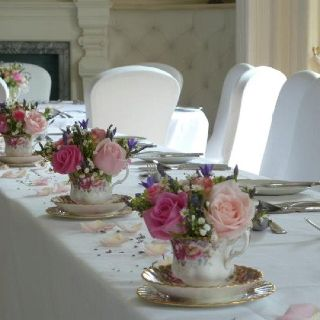Tea Cups With Flowers For A Wedding Vintage Wedding Table Wedding Tea Cups Table Arrangements Wedding
