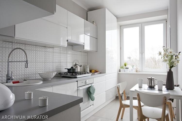Projekt Kuchni Minimalistyczna Kuchnia W Bieli I Szarosci Kitchen Design Cabinets And Countertops Kitchen