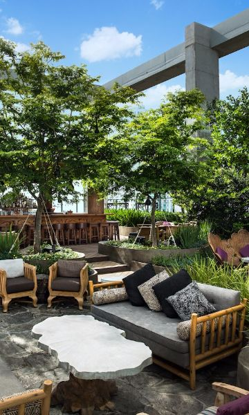The 15 Best Rooftop Bars In The U S Travel Intel Miami