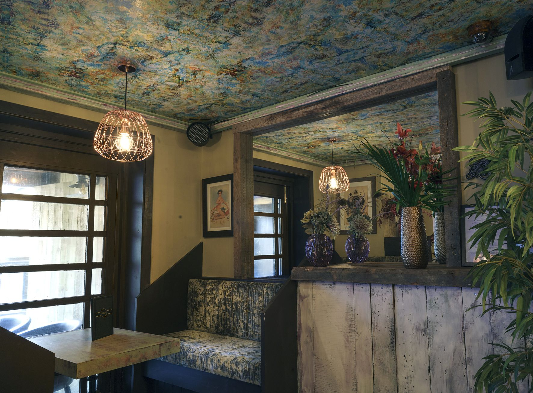 'Birdland Jam' wallpapered ceiling www.blackpop.co.uk