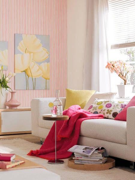 Zarte Rosé-Töne sorgen für eine romantische Atmosphäre! Deko - wohnzimmer deko pink