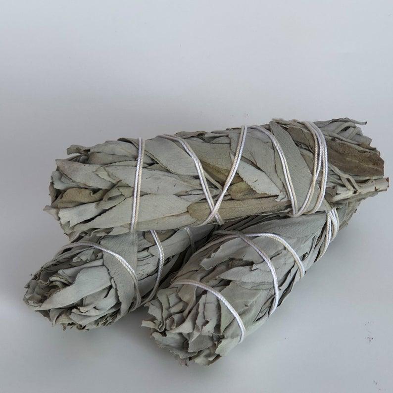White Sage Smudge Sticks Smudge Kit Bundle Smudge Sticks Etsy In 2020 White Sage Smudge Smudge Sticks White Sage