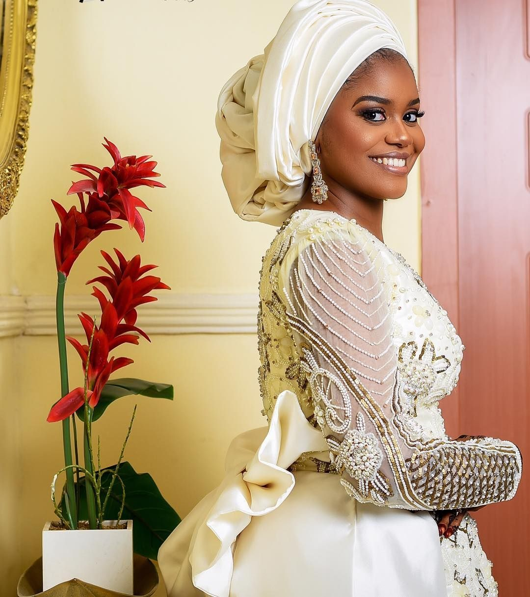 Beautiful Hausa Brides In Stunning Bridal Gowns Wedding Digest Naija In 2020 Hausa Bride Traditional Wedding Attire Bridal Gowns
