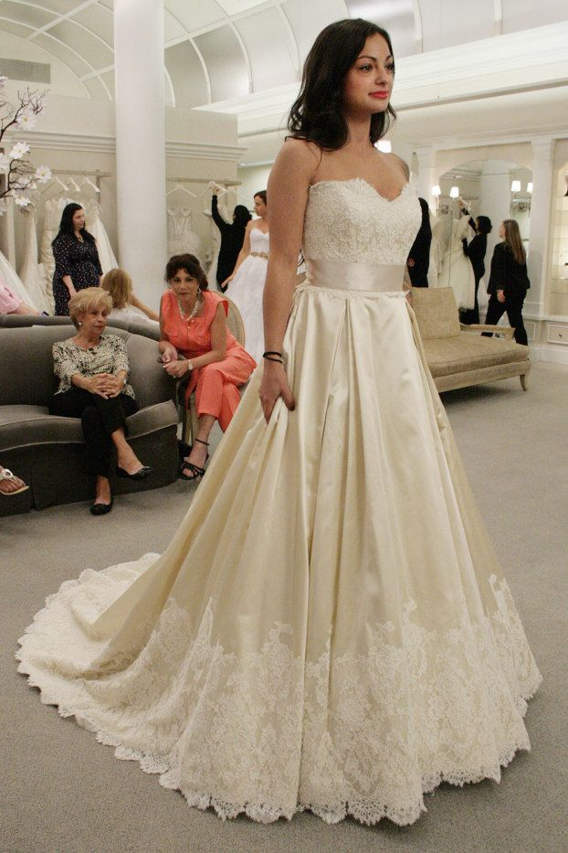 Syttd Episode 3 Season So Very Diffe And Beautiful Find This Pin More On Say Yes To The Dress By Kleinfeld