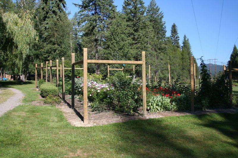 Garden Fencing | Garden Fencing | Mild Fence Company