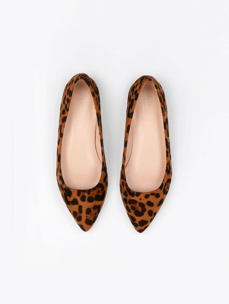 9e86c6a18f6 Flat μυτερά suede γοβάκια - Leopard - TheFashionProject | Fashion ...