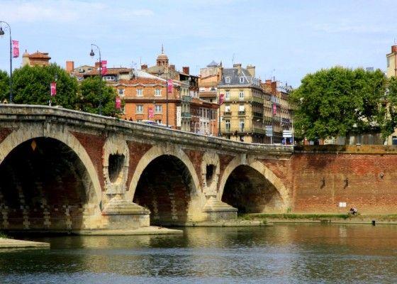 Le Pont Neuf.  The oldest bridge in Paris.