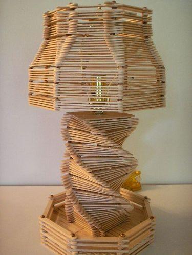 Lampara de mesa palitos de helado proyectos que debo - Manualidades con lamparas ...