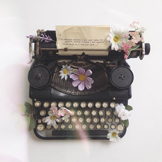 Flowers On A Typewriter Aesthetic Photography Flower Aesthetic Typewriter