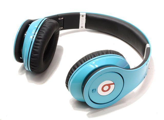 baby blue beats...hell yeah!