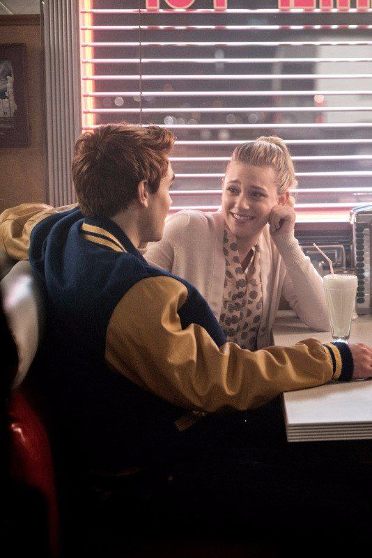 Riverdale Betty And Archie