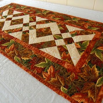 Autumn Leaves Thanksgiving Harvest Table Runner Quilt Orange, Red, Russet,  Gold, Brown, Kauai Made