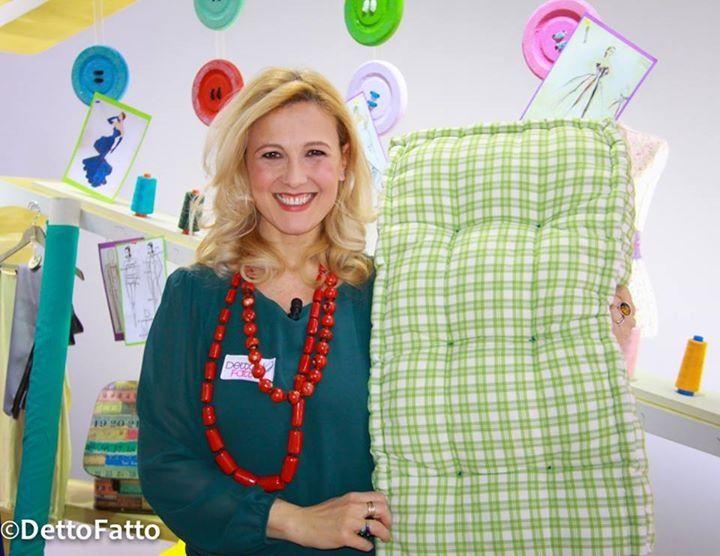 Come Confezionare Un Cuscino Per Sedia.Il Materasso Di Una Volta Diventa Un Cuscino Da Panca A Dettofatto