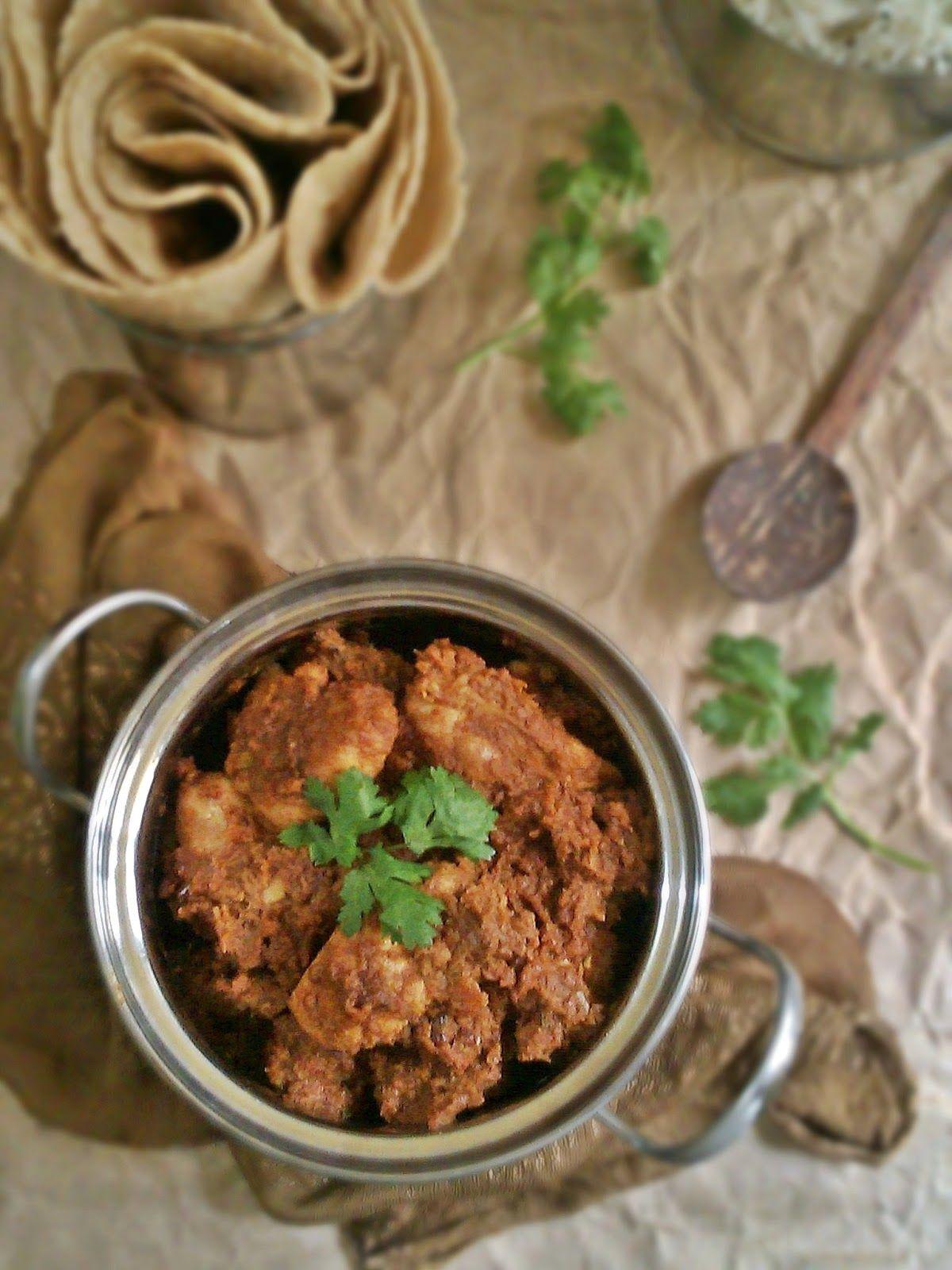 The Humpty Dumpty Kitchen: Punjabi Style Chicken Curry by @Priya Elias