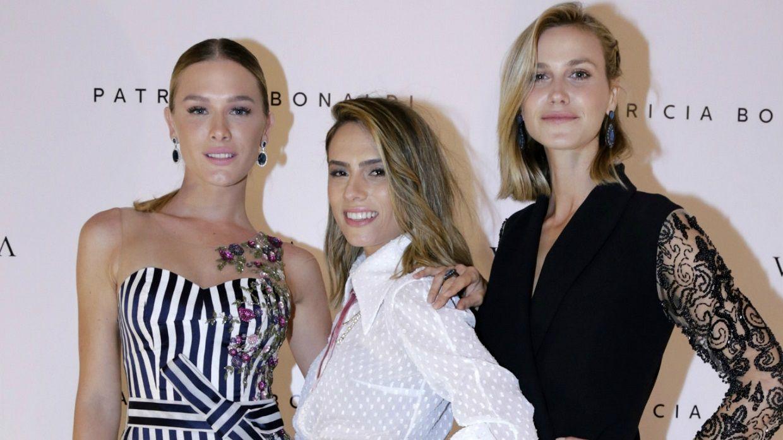 Uma das estilistas queridinhas das fashionistas, Patricia Bonaldi acaba de lançar sua coleção by Vivara.A coleção é composta por 13 joias divididas em duas linhas: Rose e White. Confira na www.flashesefatos.com.br