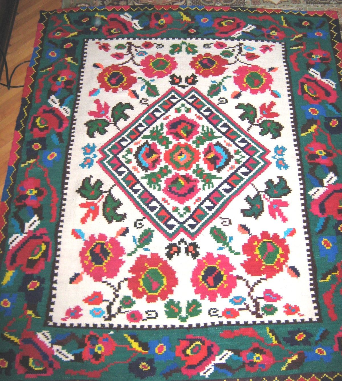 Northern Romania Traditional Rugs Romanian Tradition