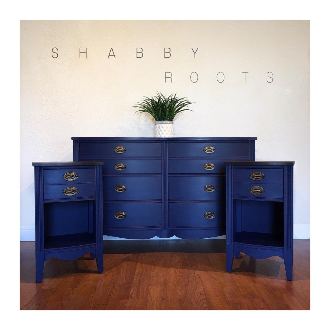 Best Sold Antique Federal Bedroom Set In Blue Dresser And Two 640 x 480