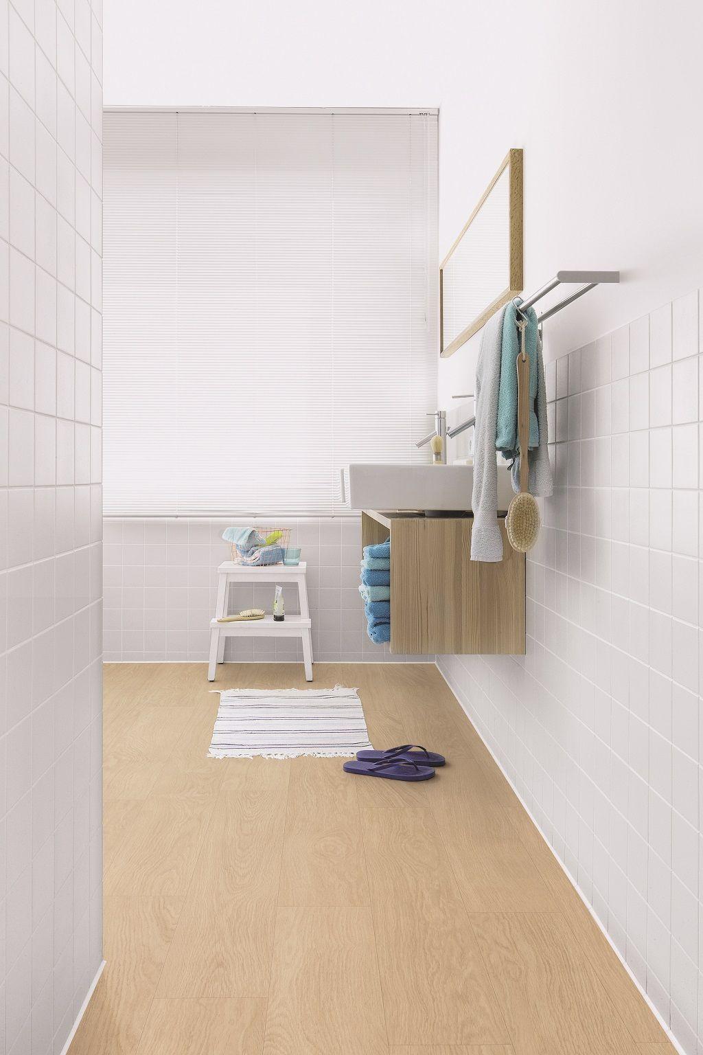 quick step livyn flooring select oak light in a modern