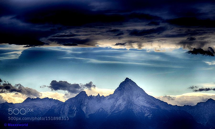 Watzmann by Maxxxworld Abstract Photography #InfluentialLime