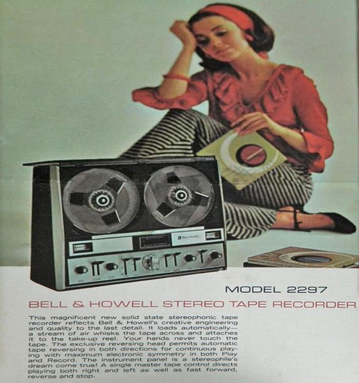 1968 Ad For The Bell Howell Model 2297 With The Vaccuum Loading