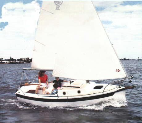 Compac 16 photo on sailboatdata com | Mini Tekneler
