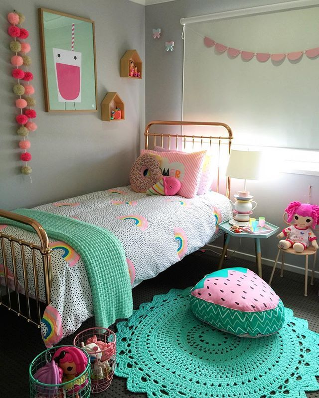 Strawberry pillow, doily rug #girlsbedroom