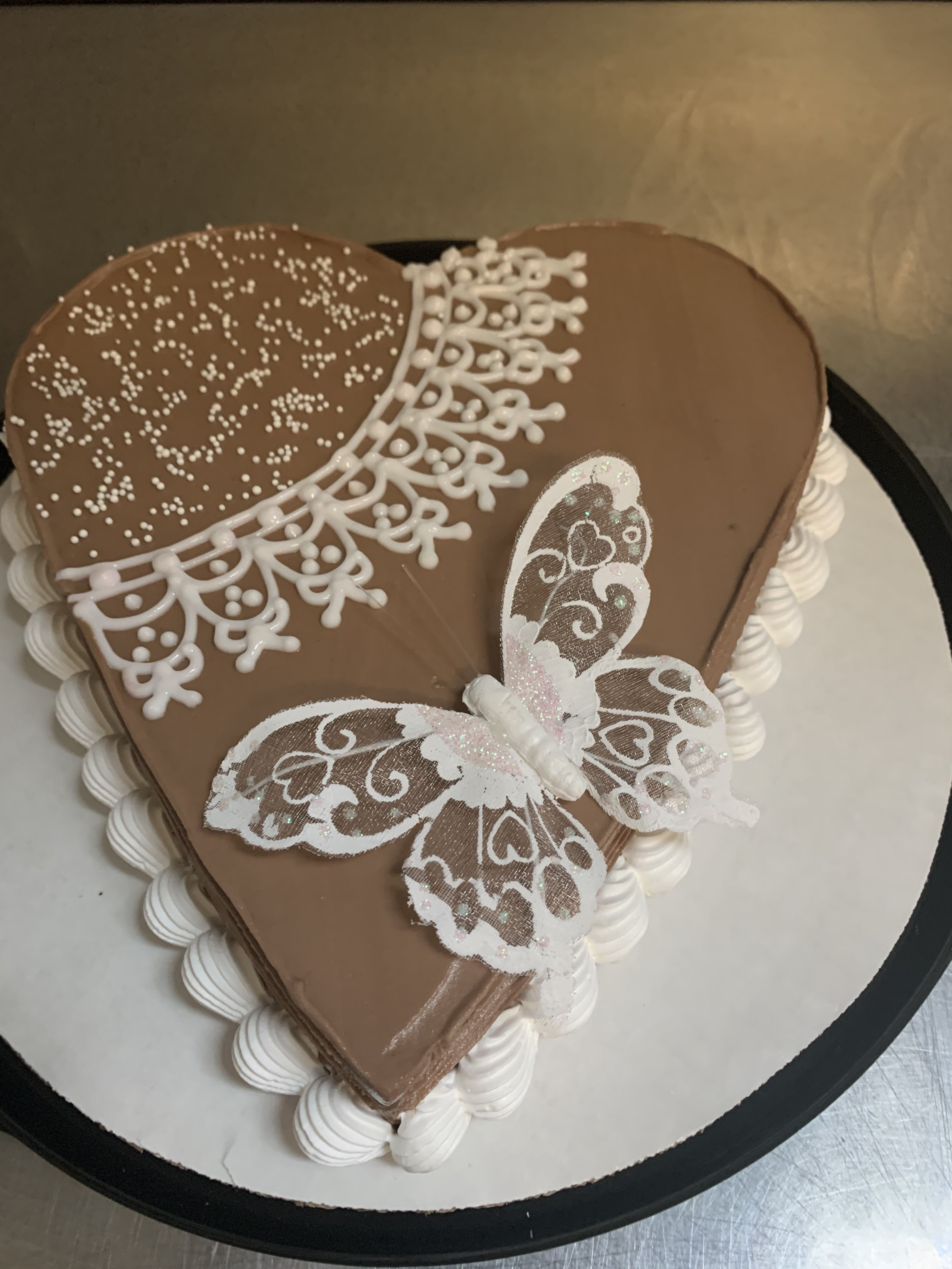 Doily lace chocolate heart cake in 2020 cake chocolate