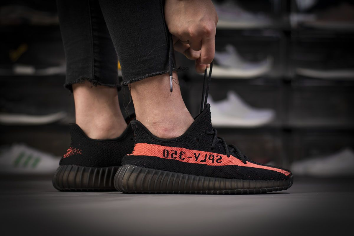 Adidas Yeezy Boost 350 V2 Core Black Red Real Boost By9612 En 2020