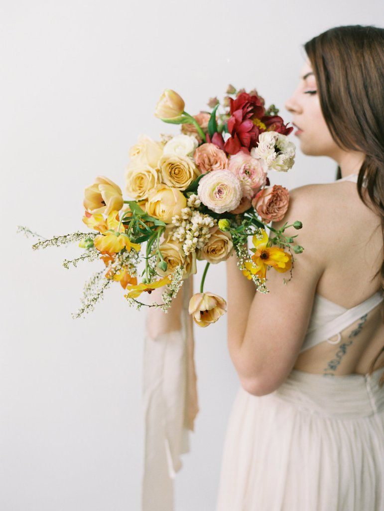 Favorite textural blooms for bouquets spring wedding flowers best textural flowers for bridal bouquets izmirmasajfo