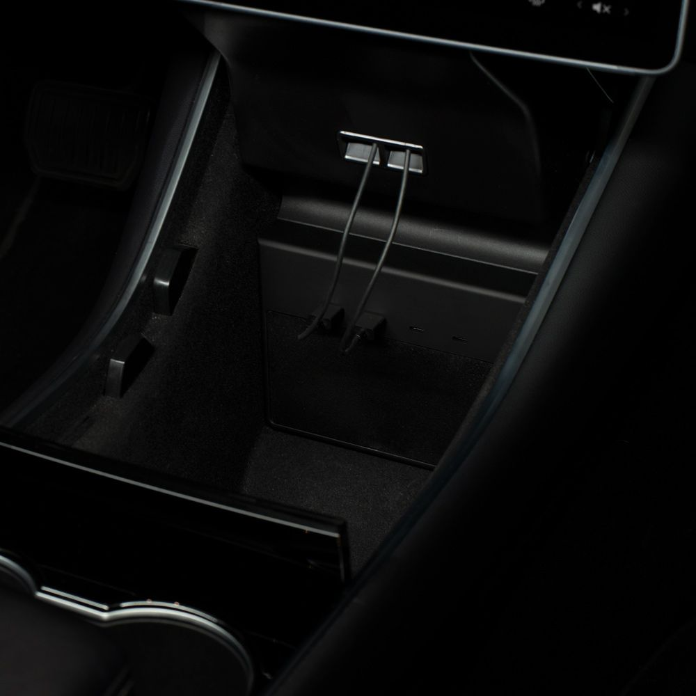 Jeda Products | Tesla Model 3 USB Hub for Sentry Mode ...