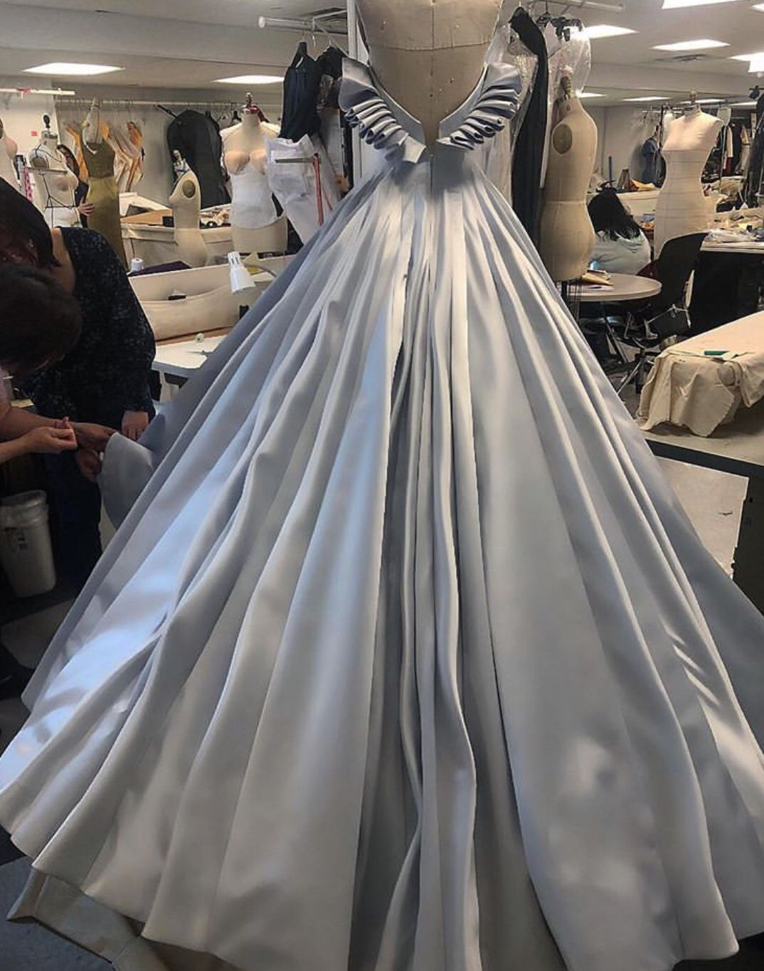 zac posen 2019 grammy dresses iconic dresses quincenera dresses zac posen 2019 grammy dresses iconic