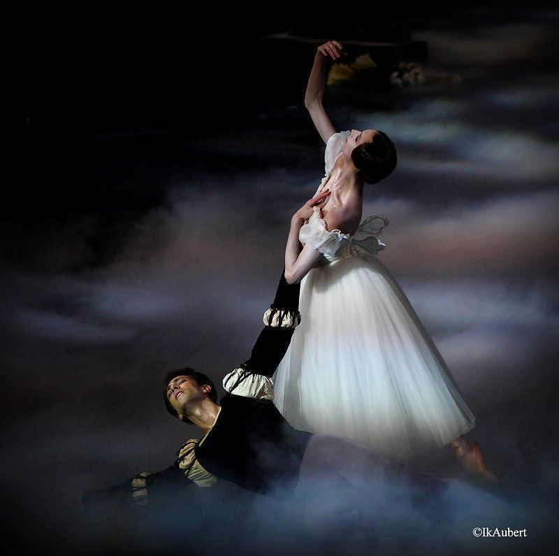Posts from July 18, 2016 on Ballet: The Best Photographs