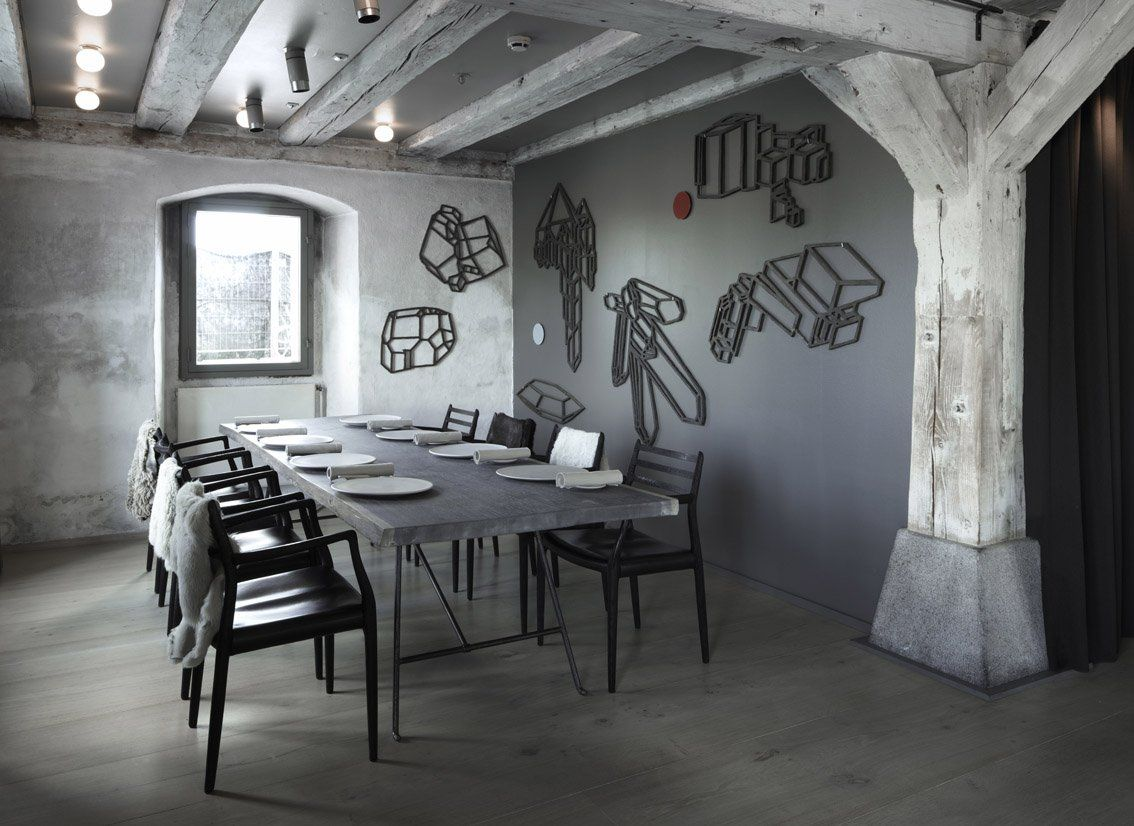best contemporary restaurant with wooden parquet abstract wall