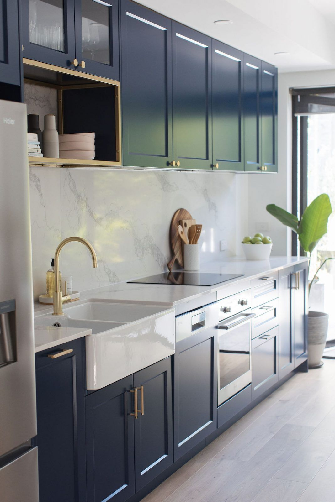 Navy Blue Kitchen With Luxe Brass Accents And Marble Look Benchtop In 2020 Navy Blue Kitchen Kitchen Design Navy Kitchen Cabinets