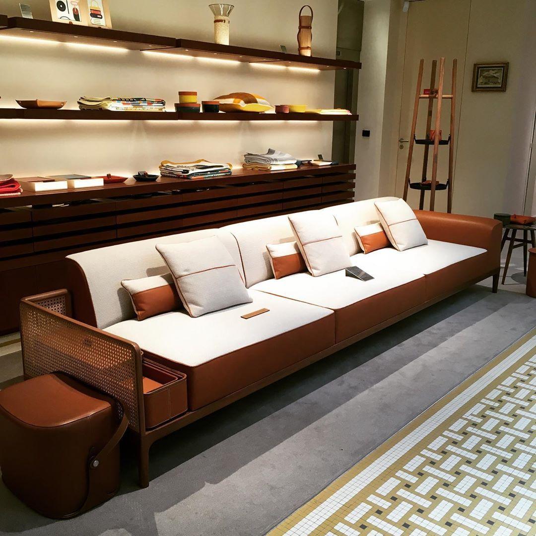 3 Sitzer Sofa Sehr Schicker Hermes Ich Mag Diese Mischung Aus Holz Und Leder Sehr 3 Sitzer Sofa Luxurioses Wohnen Haus