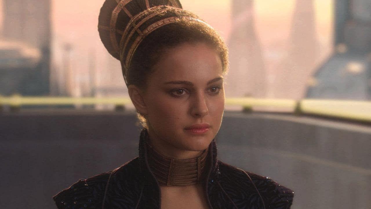 Pin By Dragon W On Beauty Natalie Portman Star Wars Star Wars Padme Star Wars Galaxies
