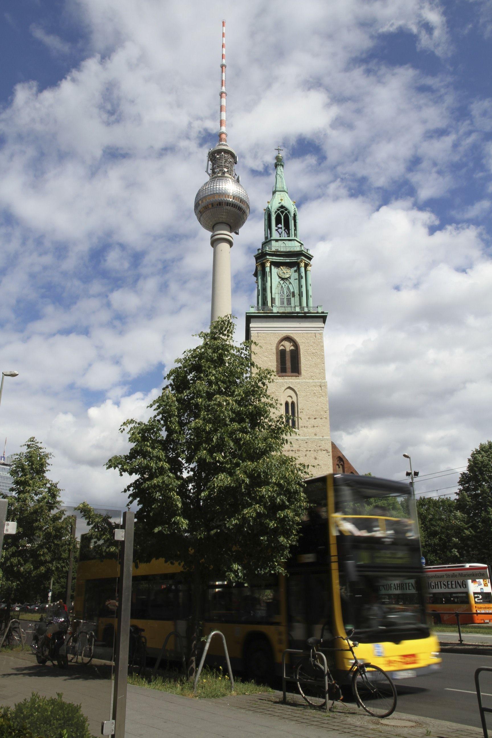 Marienkirche and Fernsehtürm.