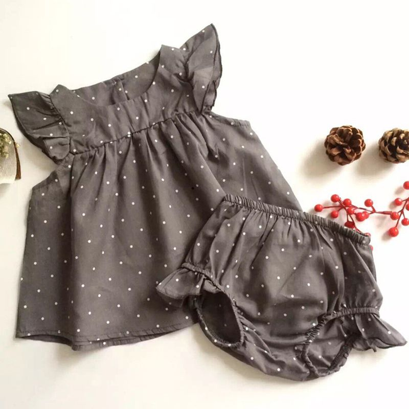 The sets features: button, shorts, elastic, breathable, comfy, elastic, girl, cotton, spandex, round neck, daily, going out, polka dot, summer, cap sleeve, sleeveless, cute, dress, high waist, etc. Detail size: bust 60cm; length 20.5cm; top-length 34.5cm;