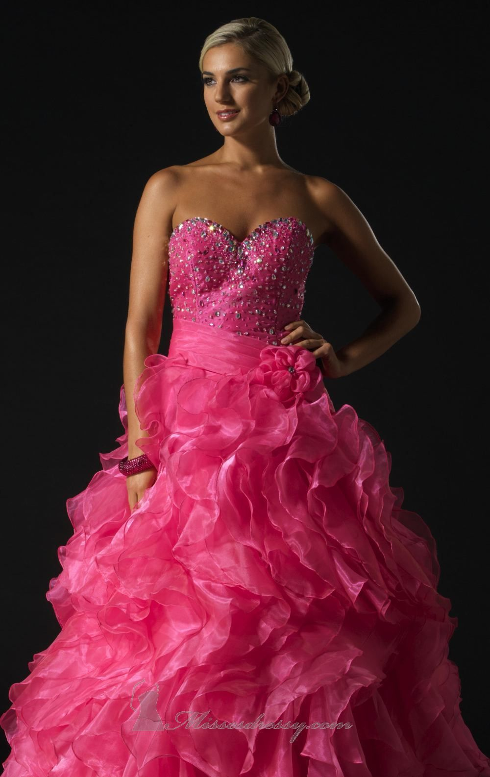 Detailed Poofy Dress
