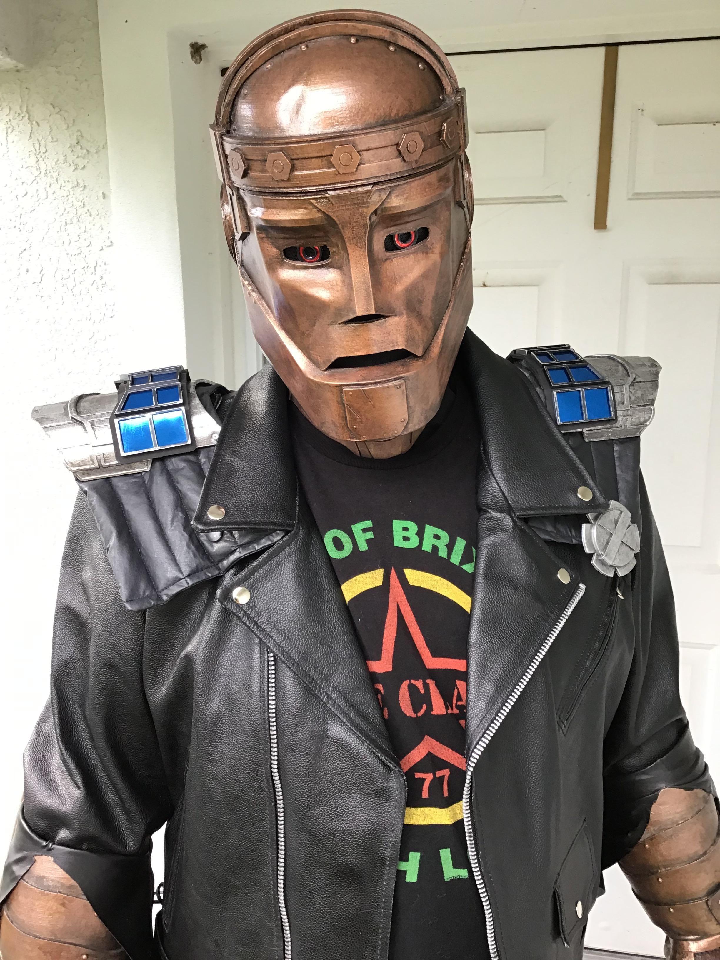Self Doom Patrols Robotman Cosplay Http Bit Ly 1pirklu Doom
