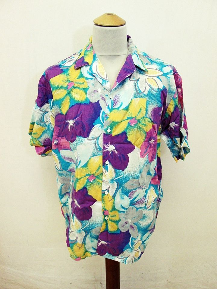 14759f68 Vintage Hawaiian Floral LOUD! Bright Party Flowers Pattern Shirt Large