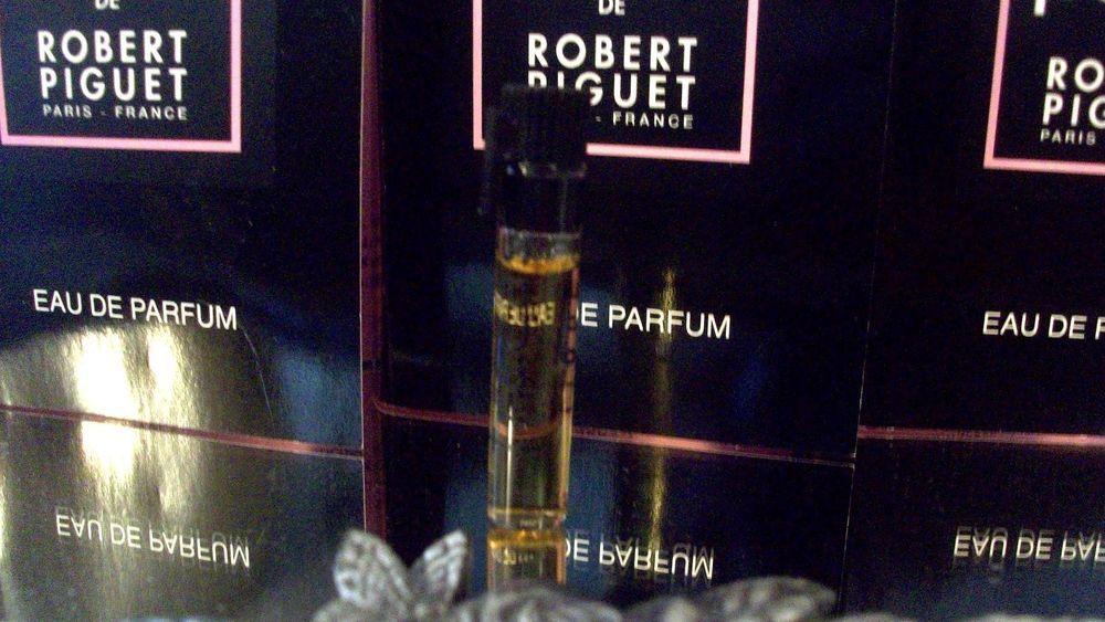 Lot Of 5 New Fracas de Robert Piguet~Eau De Parfum~Vials~ #Fracas... wow the bid is just $1.04 right now on eBay!!