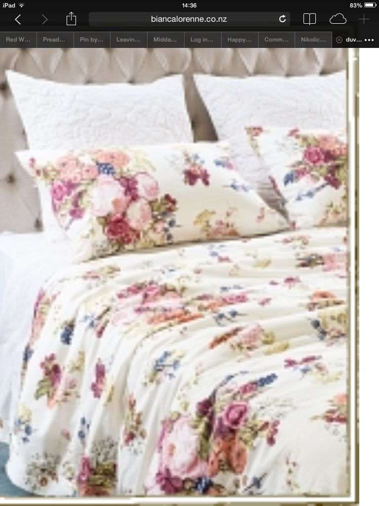 A Gorgeous Duvet Cover And 2 Pillow Cases By Bianca Lorenne