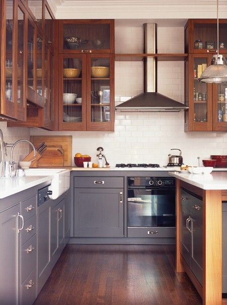 14 Bistro And Restaurant Style Kitchens Two Tones Grey And Wood Cabinets