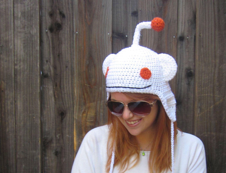 Reddit alien hat (crochet geeky meme ear flap hat). $26.00, via Etsy.