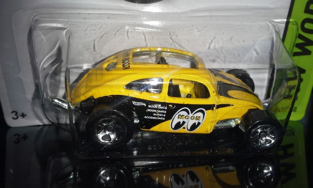 Rick Case Volkswagen >> HOT WHEELS 2014 CUSTOM VOLKSWAGEN BEETLE MOONEYES # ...