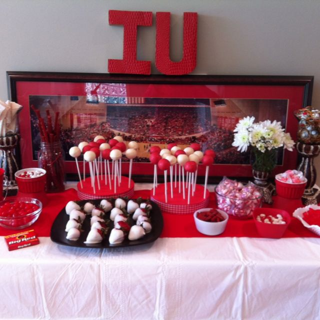 Pin By Linda B On Desserts Dessert Table Graduation Grad Party