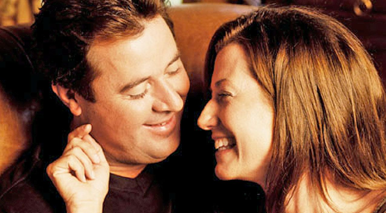 Vince Gill Sings Emotional Unreleased Song To Wife Amy Grant Amy